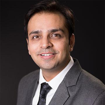 Dr. Hitesh Shoor -